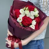 Сборный комплект с розами и эустомой